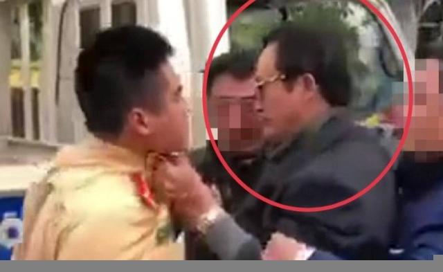 """Xử lý nghiêm Chi cục trưởng Chi Cục Dân số hoá """"ma men"""" túm cổ CSGT"""