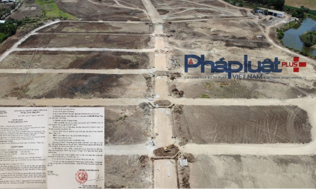 """Lãnh đạo tỉnh ưu ái """"chỉ đạo riêng"""" trong vụ khu đất gắn mác dự án Hồ Tràm Riverside rồi phân lô bán nền?"""