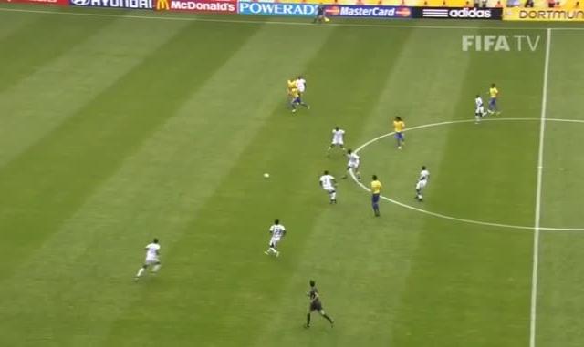 Chiêm ngưỡng lại bàn thắng cuối cùng đầy kỹ thuật của Ronaldo 'béo' tại World Cup