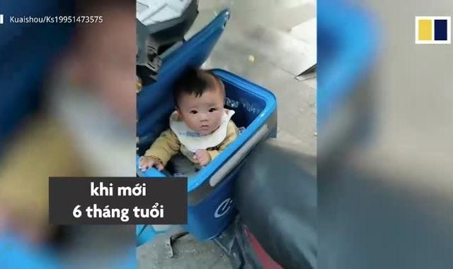 """Video: Xúc động với """"nụ cười thiên thần"""" cùng cha đi ship hàng khắp thành phố"""