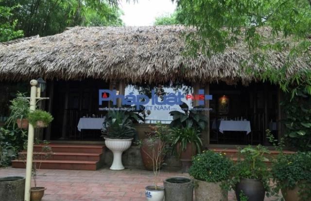 Vụ Nhà hàng Tre Place vi phạm Luật đê điều: Chủ tịch Nguyễn Đức Chung yêu cầu xử lý nghiêm