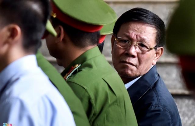 (Nóng) Khởi tố bị can đối với ông Phan Văn Vĩnh về tội Ra quyết định trái luật