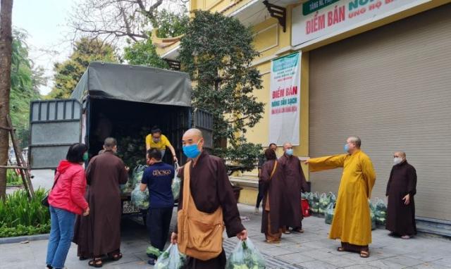 Hà Nội: Giáo hội Phật giáo Việt Nam chung tay giải cứu nông sản của bà con Hải Dương