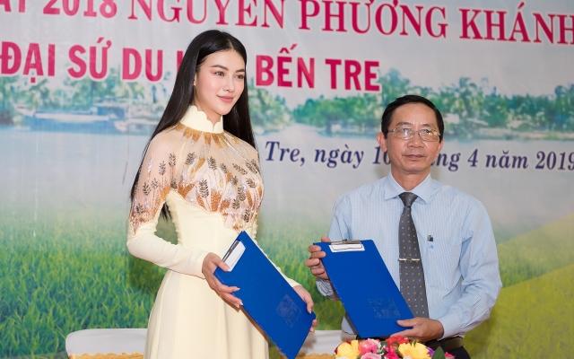 """Không chỉ nhan sắc thăng hạng, Hoa hậu Phương Khánh còn """"thăng hoa"""" trong sự nghiệp với vai trò mới"""