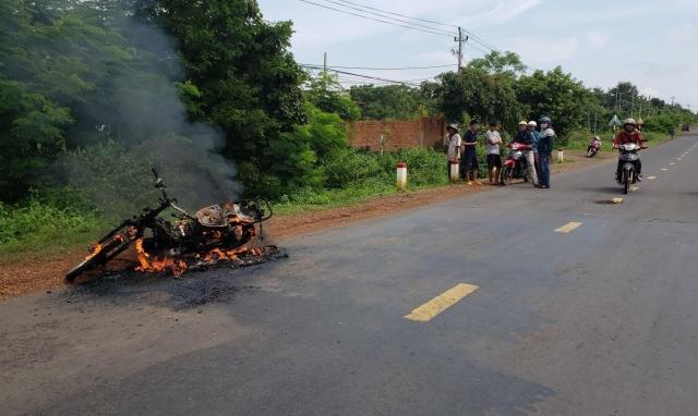 Đắk Lắk: Nguyên nhân cháy xe máy là khi đang lưu thông trên đường thì phát hỏa