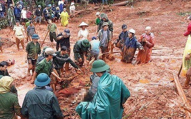 Đắk Nông: Khẩn trương di dời người dân ra khỏi vùng ảnh hưởng của mưa lũ