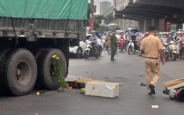 Hà Nội: Cận ngày Quốc khánh, nữ sinh bị xe đầu kéo