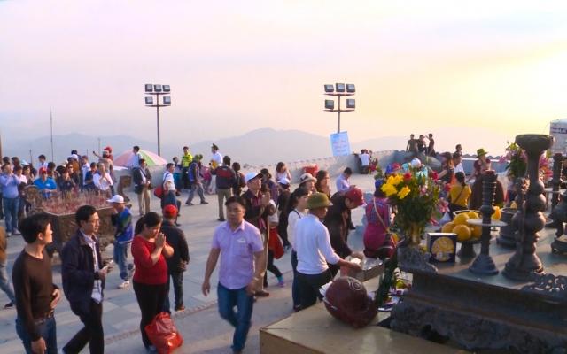 Lễ chùa, nét đẹp văn hóa tâm linh ngày đầu năm