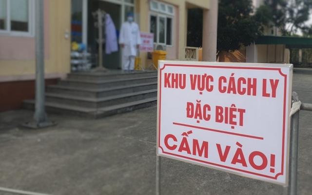 Để người đang cách ly tới khách sạn dự đám cưới, một Chủ tịch phường ở Hà Tĩnh bị phê bình