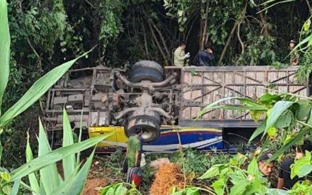Tạm giam tài xế trong vụ tai nạn khiến 6 người chết và nhiều người bị thương ở Kon Tum