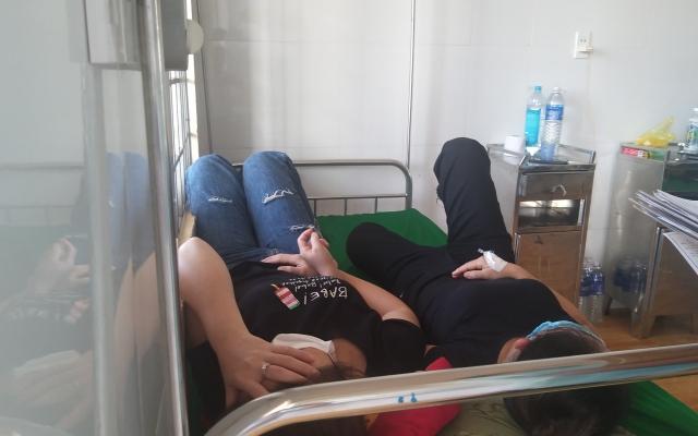Đắk Lắk: Nghi ngộ độc thực phẩm, gần 100công nhân phải nhập viện