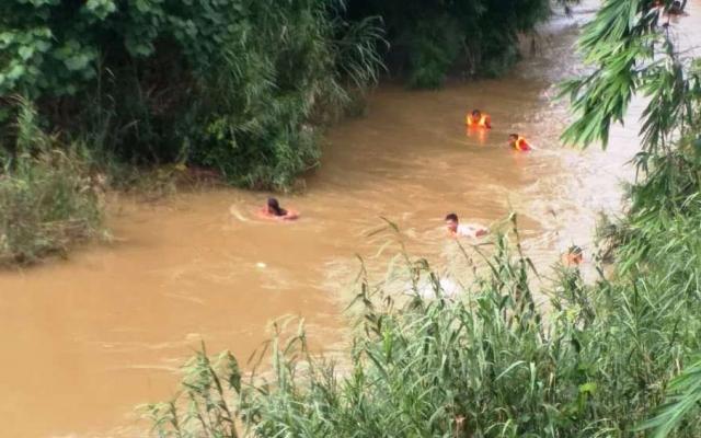 Kon Tum: Cô gái trẻ bị lũ cuốn trôi dẫn đến tử vong