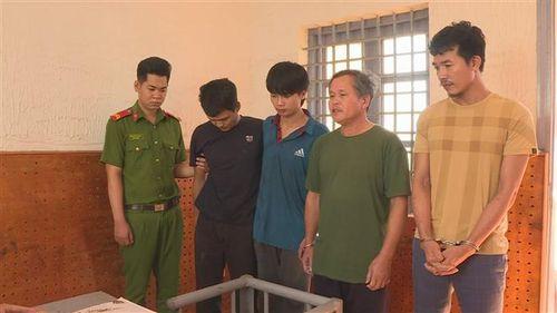Đắk Lắk: Khởi tố, bắt giam 4 đối tượng chống người thi hành công vụ