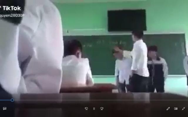 Thầy giáo có hành vi thiếu chuẩn mực với học sinh tại Bắc Giang: Công an vào cuộc