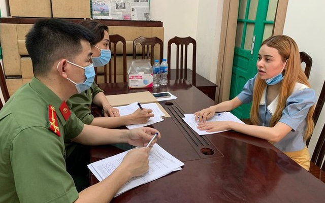 Khởi tố nữ sinh viên tiếp tay cho người nước ngoài nhập cảnh, lưu trú trái phép