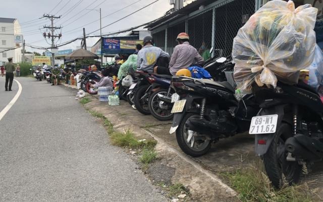 Hơn 300 công dân các tỉnh Sóc Trăng, Bạc Liêu và Cà Mau bị kẹt tại Hậu Giang đã được về quê