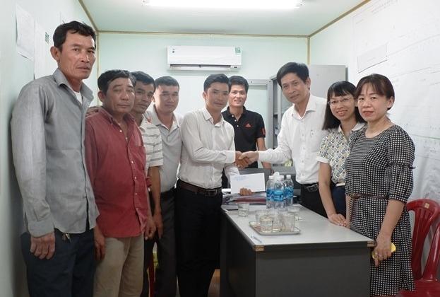 Đà Nẵng: Trao thưởng đội công nhân phát hiện súng thần công