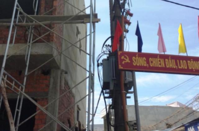 Phát hiện, xử lý nhiều trường hợp vi phạm an toàn lưới điện tại Đà Nẵng