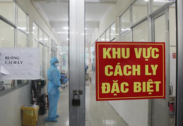 Không có chuyện bác sĩ tiếp xúc với ca dương tính thứ 3 tại Đà Nẵng bị Covid-19