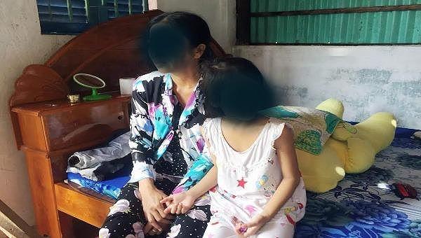 Cần khẩn trương làm rõ nghi vấn bé 7 tuổi bị lão hàng xóm xâm hại