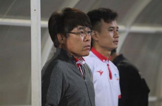 Viettel chia tay HLV Hàn Quốc, đón siêu tiền đạo?