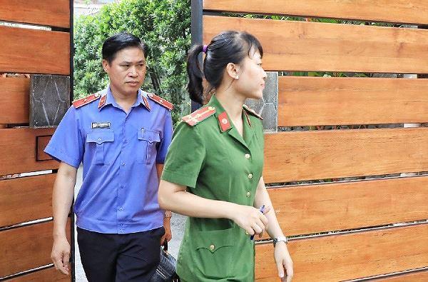 Vì sao ông Lê Tấn Hùng bị bắt, bí ẩn số tiền 13 tỷ đồng chi đi chơi nước ngoài