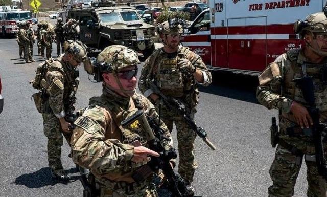 Gần 50 người thương vong trong vụ xả súng tại Mỹ