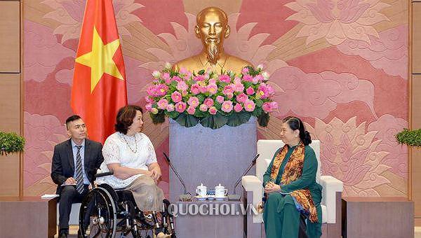 Đoàn đại biểu Thượng viện Mỹ thăm, làm việc tại Việt Nam