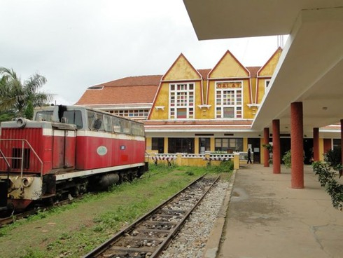 Đường sắt muốn biến nhà ga thành siêu thị, văn phòng cho thuê
