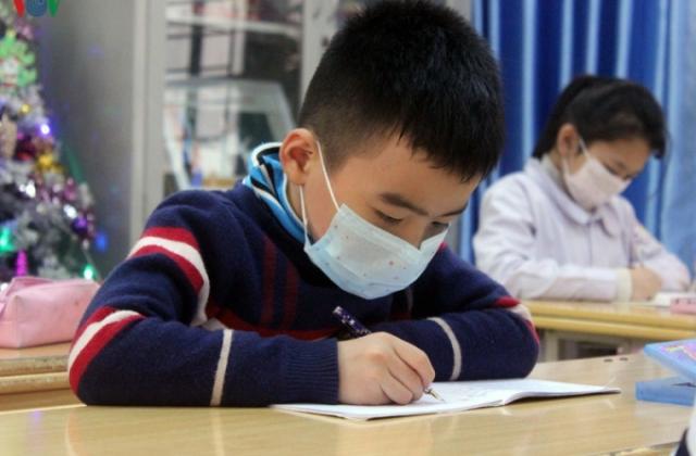 Các trường tăng cường ôn tập cho học sinh khi nghỉ học do dịch nCoV