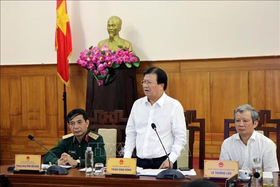 Phó thủ tướng Chính phủ Trịnh Đình Dũng: Phải chủ động các phương án với mọi loại hình thiên tai
