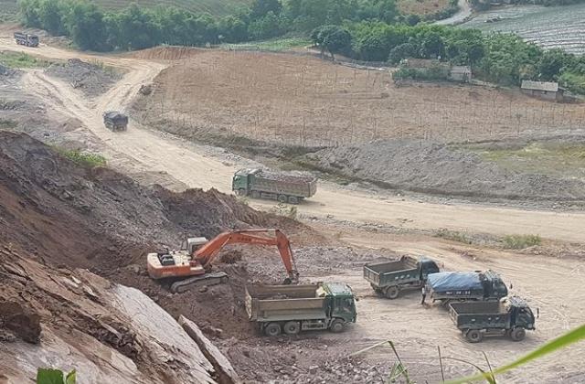 Đại công trường khai thác khoáng sản hết phép ở Ninh Bình