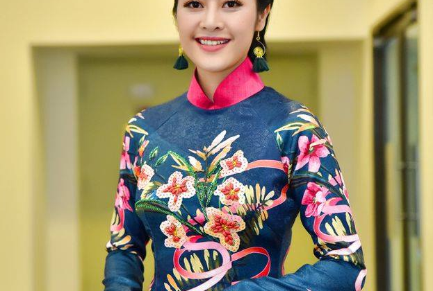 """MC Phí Linh: """"Dẫn lễ hội pháo hoa quốc tế Đà Nẵng, tôi có những phút sống trong mơ"""""""
