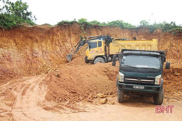 Hà Tĩnh đấu giá thành công 17 mỏ khoáng sản làm vật liệu xây dựng