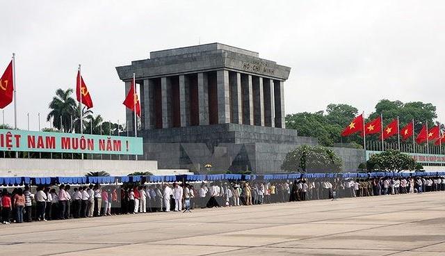 Lịch viếng Lăng Chủ tịch Hồ Chí Minh
