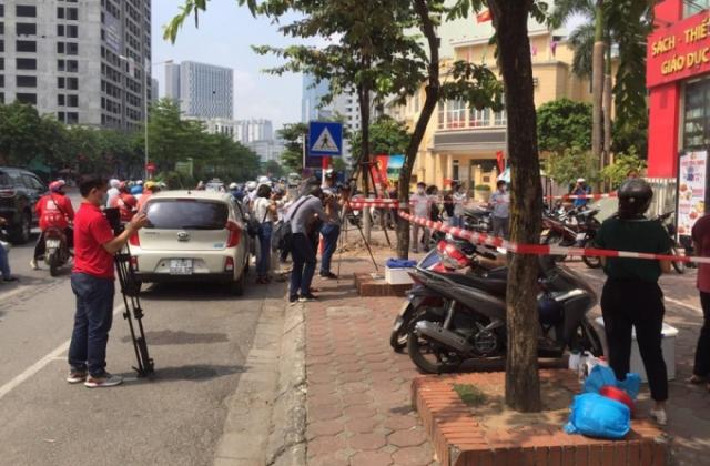 Hà Nội: Phong tỏa khu dân cư vì có trường hợp nghi nhiễm COVID-19