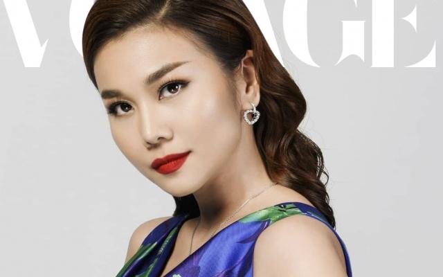 Thanh Hằng xuất hiện trong BST của nhà thiết kế Anh tại Fashion Yoyage
