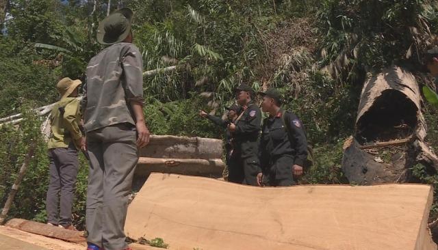 Công an tỉnh Đắk Lắk đột kích tóm gọn nhiều đối tượng