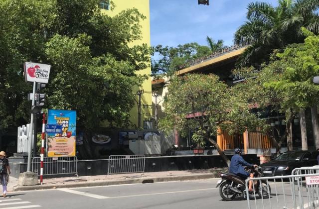 Sai phạm tại mương Phan Kế Bính: Nhà hàng Hải sản phố chưa tháo dỡ phần sai phạm