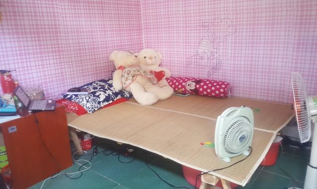 Hà Nội: Cuộc sống của sinh viên bị đảo lộn trước cái nóng hơn 40 độ C