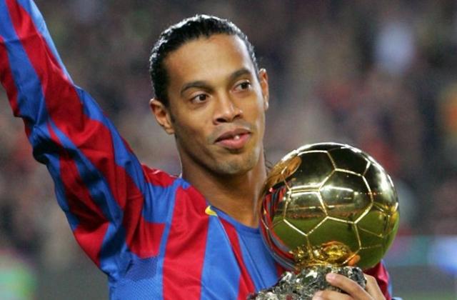 Cựu danh thủ Ronaldinho bị tịch thu hộ chiếu và niêm phong tài sản do nợ nần