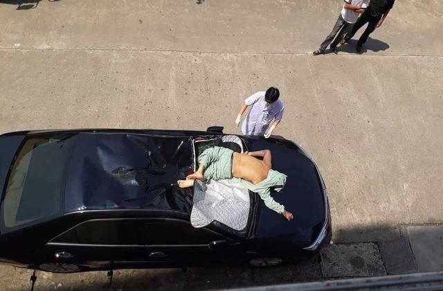 Quảng Ninh: Một bệnh nhân bất ngờ rơi từ tầng 10 bệnh viện Bãi Cháy