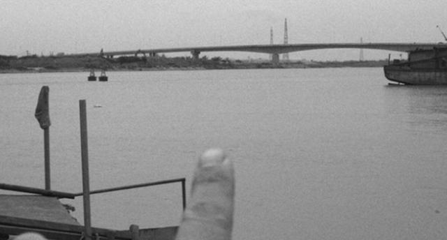"""Hải Dương: """"Thế lực ngầm"""" hợp tác với """"xã hội đen"""" đòi bảo kê trên sông Thái Bình?"""