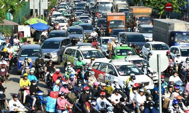 Thu phí xe hơi vào khu trung tâm TP HCM có khả thi?