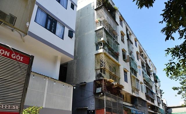 TP HCM kiến nghị phá dỡ khẩn cấp chung cư bị nghiêng