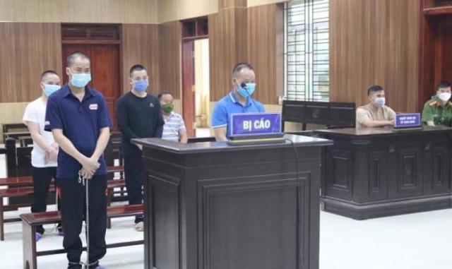 Đang xét xử nhóm người buôn hàng cấm bắn tử vong thiếu tá công an xã ở Thanh Hóa
