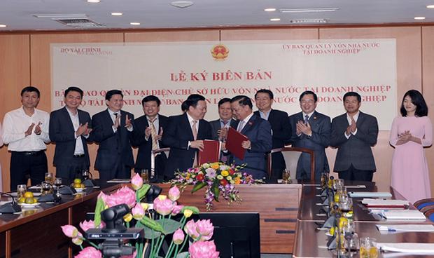 Bộ Tài chính bàn giao SCIC về Ủy ban Quản lý vốn nhà nước