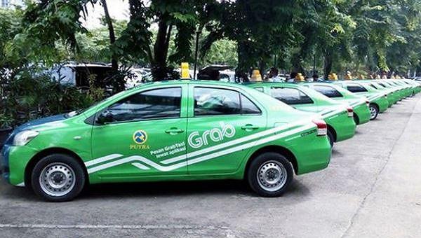 Bỏ đề xuất xe Grab phải gắn hộp đèn như taxi