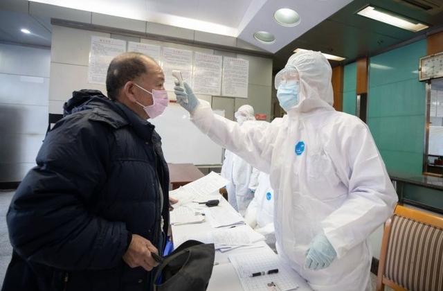 40 nhân viên y tế bệnh viện Vũ Hán bị lây nhiễm virus corona