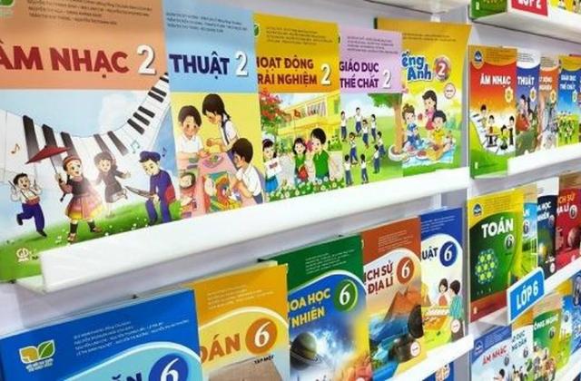 """NXB Giáo dục Việt Nam nói gì khi 02 bộ sách giáo khoa """"biến mất""""?"""